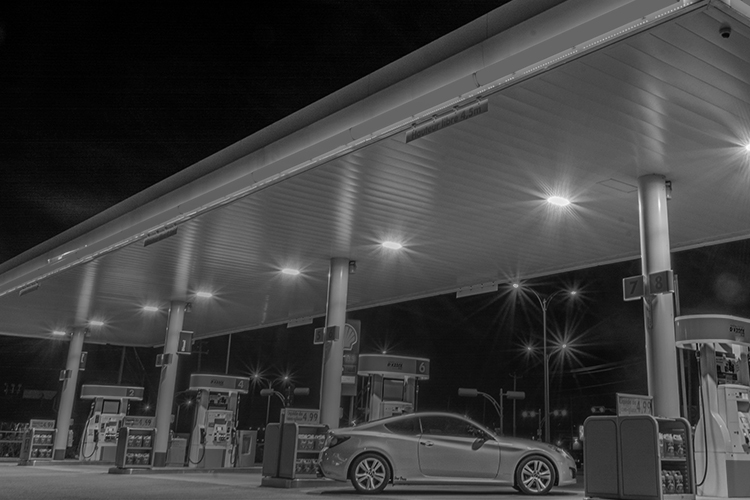 Wireless broadband connectivity for gas stations